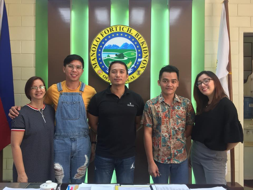 CDO Bloggers with Mayor Clive D. Quiño