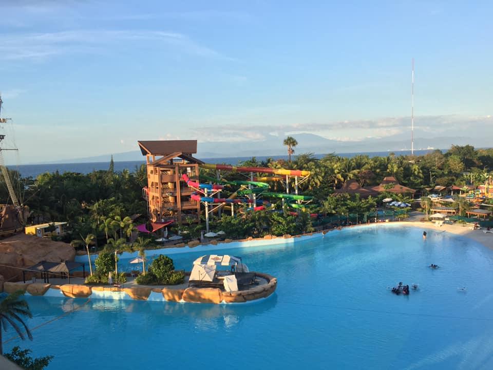 Seven Seas Waterpark wave pools