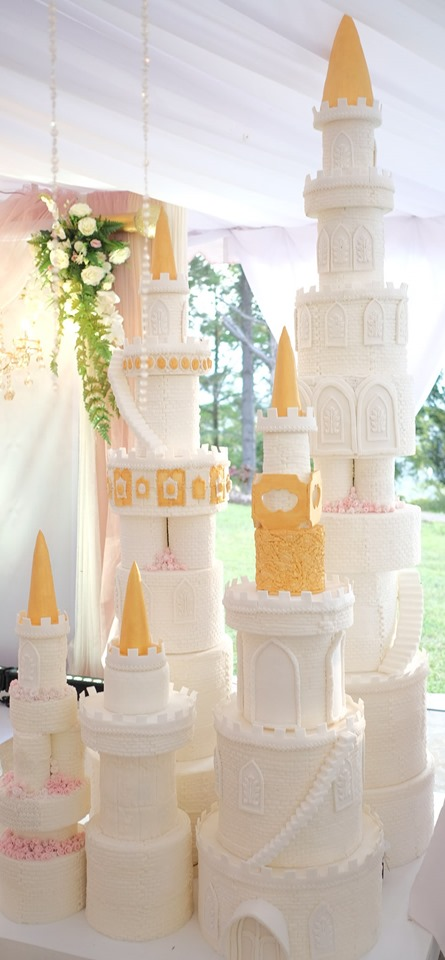 The wedding cake by Mae Lee resembled every girl's dream castle.