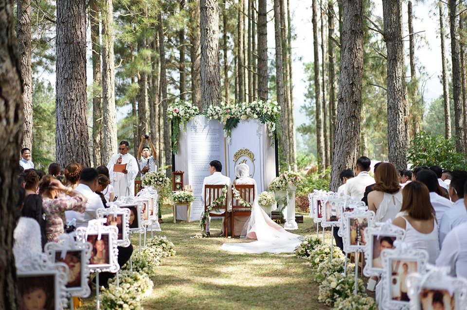 Kor and Ken chose Mountain Pines in Dahilayan as their venue because it had the quiet, enchanting vibe they wanted.