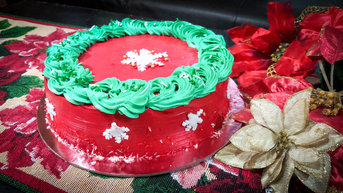 Cakes and More Christmas Cake